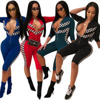 traje de carreras al por mayor-Las mujeres de moda Racing Suit Grid Car Racing Girl Costume Sexy cuello en V profunda de media manga Capris Jumpsuit Cheerleader Nightclub Outfit
