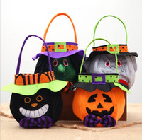 Wholesale halloween party treats - Halloween Pumpkin Candy Bag Tote Bucket Basket Children Non Woven Trick Or Treat Candy Basket Party Supplies OOA5391