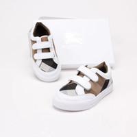 sapatos rígidos para bebé venda por atacado-Um Novo Crianças Calçados Esportivos Do Bebê Da Menina do Menino Primeiros Caminhantes Sapatilhas Do Bebê Infantil Fundo Macio walker Sapatos