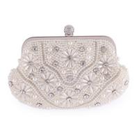 сумки для невест оптовых-Fashion Floral Pearl Bags Dinner Banquet Bride Wedding Fashion Dress Cross Body Bags Ladies  Rhinestone Shoulder Chain Bag