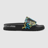 Wholesale male soles - mens fashion Graffiti star print trek slide sandals with thick rubber sole boys causal beach slippers male size euro 38-46