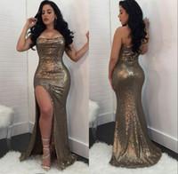 plus größe meerjungfrau schlitz abendkleid großhandel-Shinny Gold Pailletten Prom Kleider Sexy Trägerlosen Perlen Seitenschlitz Plus Size Formale Abendgesellschaft Kleider