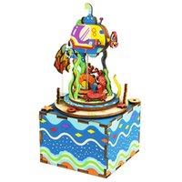 kutu dollhouse toptan satış-DIY Dollhouse Dönebilen 3D Bulmaca Ahşap Kutu Ile Müzik Kutusu Dollhouse Ev Dekor Yaratıcı Hediye Oyuncak Dünya Denizaltı AM406 # E