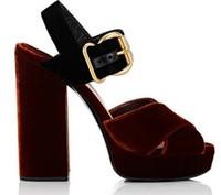 cinturones gruesos sandalias al por mayor-2018 Nuevo Estilo Coreano de Plataforma de Las Mujeres de Terciopelo Zapatos de Tacón Alto Sandalias de Gladiador Sandalias de Cruzar Mujeres Zapatos de Tacón Alto Chunky Bombas de fiesta