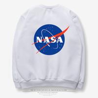 siyah uzun tişörtü toptan satış-2018 Kış NASA Erkek Polar Kazak Siyah Beyaz Gri Gevşek Hoodie Uzun Kollu Kalça POP TEE