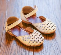 Wholesale Baby Girl Crochet Patterns - Baby Children Sandals Fashion New Girls Shoes Princess Sandals Baby Shoes Spring Hollow Sandals Outdoor 2018 Designer Shoes