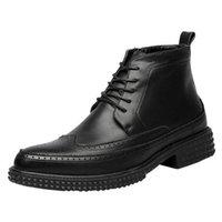carregadores coreanos dos homens da forma venda por atacado-2018 novos homens da moda sapatos pop versão coreana de botas de couro esculpido mens apontou Martin botas vendas por atacado melhor venda