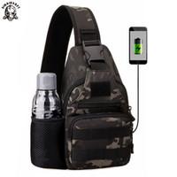 askeri sırt çantası günleri toptan satış-SINAIRSOFT Açık Askeri Taktik Omuz Çantası USB şarj ile göğüs çantası Aşınmaya Dayanıklı Seyahat Kamp Sırt Çantası Bisiklet erkek gün çanta