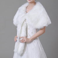 Wholesale accessories wedding winter fur for sale - Group buy 2018 New Cheap Wedding Bridal Wraps Shawls Faux Fur Beige Fall Winter Bride Accessories Boleros Under CPA1497