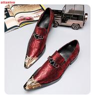 ingrosso scarpe da snakeskin scarpe uomo-Golden Pointed Toe Dress Shoes Shoes Red Snakeskin Single Shoes Luxury Uomo Casual Slip-on Man Festività ufficio formale