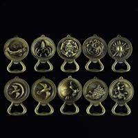 llaveros animales abrebotellas al por mayor-Game Of Thrones Theme Metal Keychain Abrebotellas Diseño Llavero Práctico Portátil Multi Style Keys Charms 3 3mb Z