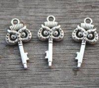 pingente coruja chaveiro venda por atacado-35 pçs / lote-chave encantos, AntiqueTibetan chave de prata com Coruja Rosto charme Pingente 10x21mm