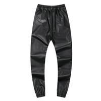 siyah erkekler dans pantolonları toptan satış-Sonbahar Kış Erkekler Hiphop Dans Pantolon PU Deri Joggers Siyah Kırmızı Gümüş Erkek Joggers Rahat Sweatpants Hip Hop Ter Pantolon Boyutu 30-42