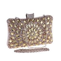 bolsas de noite pérola frisada venda por atacado-Mulheres de cristal Pérola Frisada de Ouro / Azul / Prata Noite de Metal Embreagens Bolsa de Festa de Casamento Bolsa De Noiva Bolsa De Noiva Banquete