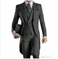 tres un pantalón al por mayor-2018 wangyandress Tailcoat Trajes de hombre (Chaqueta + Pantalones + Chaleco) Gris Un botón Tres piezas Trajes de boda para hombres Chaleco para hombre personalizado Envío gratis