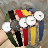 gelbe uhren männer großhandel-2018 Top Design Mode Kleid Uhr Mann Frauen Luxus Uhr Casual Rubber Strap Quarz Armbanduhr gelbe Farbe einfache Uhr Uhren De Marca