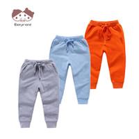 erkekler için joggers pantolon toptan satış-1-8 T Çocuk Şık Uzun Pantolon Çocuk Düz Renk Rahat Pantolon Sonbahar Bahar Spor Joggers Sweatpants Erkek Kız Alt