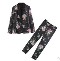 blazers floridas mulheres venda por atacado-moda europeia novo design terno de manga comprida de cetim flor impressão blazer de tecido estilo férias das mulheres e calças compridas twinset terno ocasional