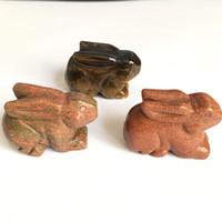 ingrosso mini figurine-Spedizione gratuita pietra naturale figurine occhio di tigre di cristallo di quartz mestiere intagliato mini animali coniglio statua per la decorazione domestica