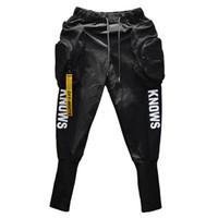 siyah hip hop harem pantolon toptan satış-İlkbahar Yaz Hip hop Joggers Kargo harem pantolon erkekler Uzun Büyük cepler Fermuarlar Beyaz Siyah