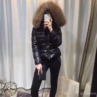 ceketler femme toptan satış-Kadınlar Kış Ceket Bayanlar Gerçek Rakun Kürk Yaka Ördek Aşağı Içinde Sıcak Coat Femme Tüm Etiketi Ve Etiket Ile 19