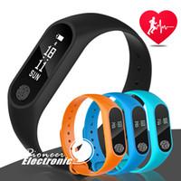 ingrosso visualizzazione orologio-Inseguitore di Fitness M2 Tracker per la frequenza cardiaca Monitoraggio della frequenza cardiaca Impermeabile Tracker intelligente La chiamata del pedometro del braccialetto ricorda Salute con display OLED