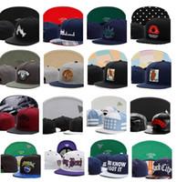 sombreros de ala para la venta al por mayor-2018 Hot Christmas Sale Strapback Cap, elegido un Strapback Cap Sombrero de ala de gorra curvo Sombrero de gorra de béisbol de snapback ajustable de octavo día curvo ajustable