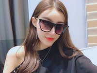 Wholesale plastic sunglasses online - popular fashion Luxury women designer sunglasses square plate metal combination frame Wild style eyewear top quality Anti UV400 Glasses