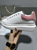 Wholesale Silver Platforms Shoes - 2018 Designer Luxury Brand Man Casual fitness Shoes New Mens Womens Fashion White Leather Platform Shoes Flat Casual Shoes Lady pink