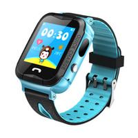 kid gps tracking uhr großhandel-V6G Kinder Smart Uhr Ip67 Wasserdichte GPS-Tracker SOS Anruf Kamera Tracking Alarm mobile Positionierung Smart Uhren für Kind Kind