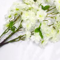 ingrosso fiore orientale-Fiore di seta artificiale Sakura Cherry Flores Blossom Oriental Cherry Decoration Wedding Hotel Room Accessorio per feste Fiori di seta