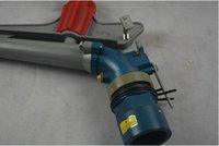ingrosso spruzzatori di irrigazione-Pistola a spruzzo del prato inglese di irrigazione dell'acqua della pistola dell'irrigatore a pioggia regolabile di 2,5 pollici della lega