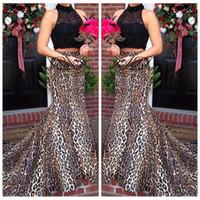 ingrosso vestiti di stampa nero del leopardo-2018 Due pezzi Top in pizzo nero Sexy stampa leopardo abiti da ballo personalizzati collo alto treno formale sweep sirena abito da sera abiti del partito