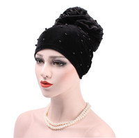 Wholesale winter girl velvet hat - Muslim Pleated Stretch Turban Hat Ruffle Women's Velvet Big Flower Pearl Beanie Chemo Wrap Cover Headwear for Cancer Patients