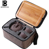 lila keramik großhandel-Outdoor Camp Tragbare Schnelltasse Chinesische Traditionelle Keramik Yixing Lila Ton 1 Teekanne 2 Tassen mit 1 Bambus Tablett 1 Reisetasche
