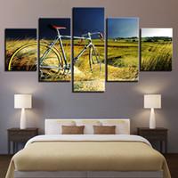 fahrrad gemälde leinwand großhandel-Leinwand Gemälde Home Wandkunst Dekor HD Druckt modulare Bilder 5 Stücke Vintage Fahrrad im Wachstum von Gras Poster Rahmen