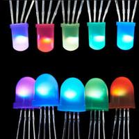 ingrosso tempi di luce gialli-Miglior prezzo 2 ~ 1000 Pz IC APA106 F8 8mm / F5 5mm Rotondo RGB Full Color Neo pixel Arduino Chip led glassato (come WS2812B) 5V