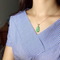 yeşim armatür kolye toptan satış-Güzel Takı Gerçek 18 K Beyaz Altın Doğal Yeşil Şanslı Fasulye AMULET Yeşim Jadite Kadın Kolye Kadınlar için Güzel kolye