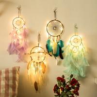 ingrosso piume diy-20 lampada Dream Catcher Net Led Stars String Lights DIY Wind Chimes Piume naturali Hanging Wall Decor DreamCatcher lampada stringa