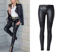 taklit kot pantolon toptan satış-Kadınlar için yeni Moda İmitasyon Denim İnce Tayt Siyah Motosiklet Streetwear Pantolon Kıvrımlar Fermuarlar PU Deri Pantolon
