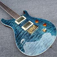 corpo de guitarra quilted maple venda por atacado-Reed Smith Quilted Bordo Top Gloss Azul Guitarra Elétrica Mahogany Body Rosewood Fingerboard, Sólido Branco Pérola Pássaros Embutidos, Ponte Tremolo