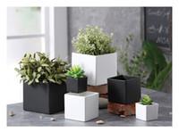 Wholesale desktop decorations - succulents pots Decorative fashion Simple white black flower pots planters succulent plant potted on the desk home decoration Three sizes