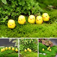 ingrosso mini figurine animali-Mini Chick Garden Miniature Figurine Fata Miniature Simpatiche Micro Paesaggio Animali in resina DIY Decorazione Giallo