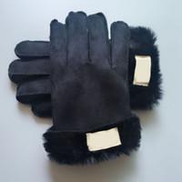 ingrosso guanto di pelle di pelliccia-Pelle Inverno opaco con pelliccia Guanti in pelle progettista dell'unità di elaborazione Unisex Donne Cinque guanti delle barrette di 3 colori di marca all'ingrosso