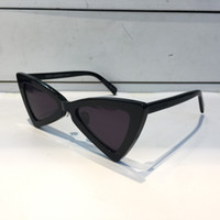Wholesale triangle packaging - Luxury 207 Sunglasses Fashion Women Triangle Full Frame SL 207 Model UV400 Lens Summer Style black White Red Color Come With Package