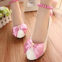 zapatos rosados de la boda del satén al por mayor-Pink Satin Bow Wedding Shoes Med Tacones Round Toe Ladies Heels Shoes Mujeres Ladies Party Shoes Para Dama de honor Mujer Bombas