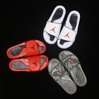 hydro slipper al por mayor-Diseñador Zapatillas de baloncesto Zapatillas de deporte para hombres 5s Zapatillas Hydro 5 Cool Grey Sandalias Zapatillas de baloncesto Hydro Zapatillas de deporte Resplandor Nuevo Caliente