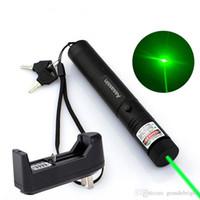askeri bataryalar toptan satış-Lazer Pointers 10 Mile Askeri Yeşil Lazer Pointer Kalem Astronomi 5 mw 532nm Güçlü Kedi Hediye Oyuncak için 18650 Pil Şarj