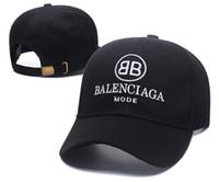 kırmızı golf şapka toptan satış-Yeni Sıcak siyah ve kırmızı Snapback Kapaklar snapbacks Özel özelleştirilmiş tasarım Markalar erkekler kadınlar Ayarlanabilir golf beyzbol casquette şapkalar