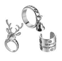 joyeux anneaux achat en gros de-2019 Nouvelle Mode De Noël Petites Cloches Elk Neige Anneaux Joyeux Anneaux De Noël Femmes Décoration De Noël Bijoux